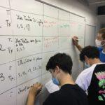 Lecture analytique inversée : les élèves de 3e composent sur l'autobiographie et choisissent ensemble les textes qu'ils veulent étudier